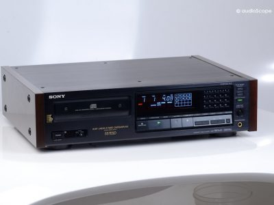 索尼 SONY CDP-557ESD, as new, boxed