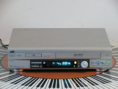 JVC HR-DVS3 录像机