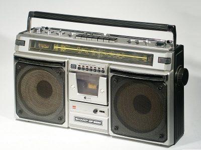夏普 SHARP GF-8585 单卡四喇叭收录机