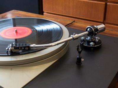 Technics SP-25 黑胶唱机