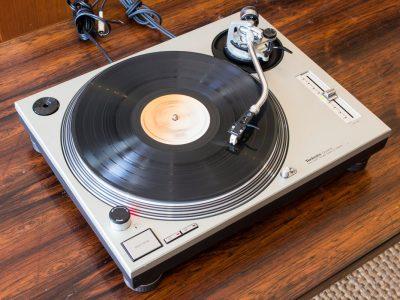 Technics SL-1200 MKII 黑胶唱机