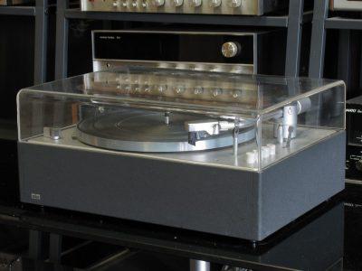 Braun PS 600 黑胶唱机