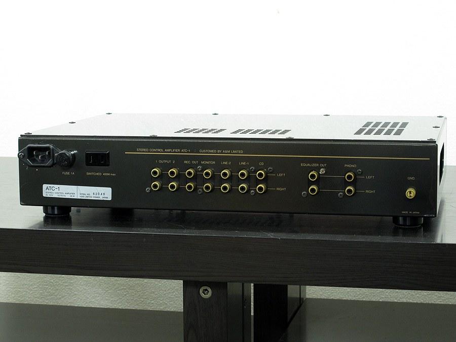 AIR TIGHT ATC-1 前级放大器