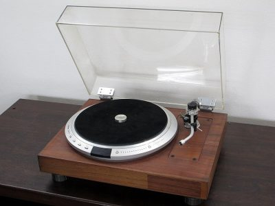 胜利 Victor TT-101 黑胶唱机