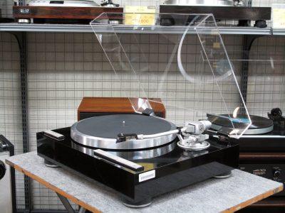 KENWOOD KP-7010 黑胶唱机