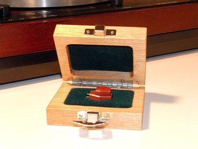 多能士 Thorens TD520 黑胶唱机