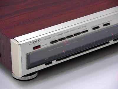力士 LUXMAN T-530 FM/AM 立体声收音头