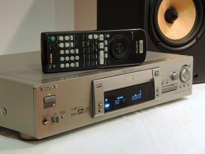索尼 SONY DVP-S725D CD/DVD播放机