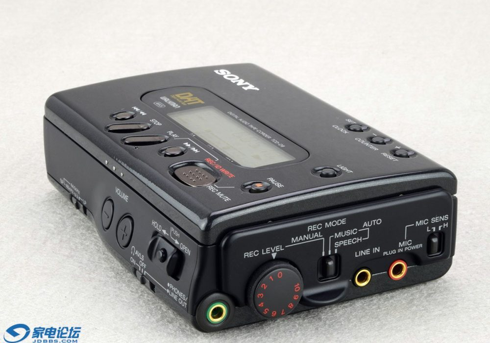 索尼 SONY TCD-D8 DAT随身听