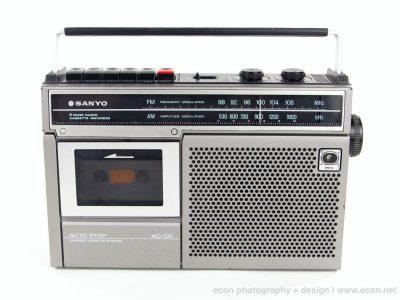 三洋 SANYO M2562 单卡收录机