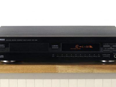 雅马哈 YAMAHA CDX-493 CD 播放机