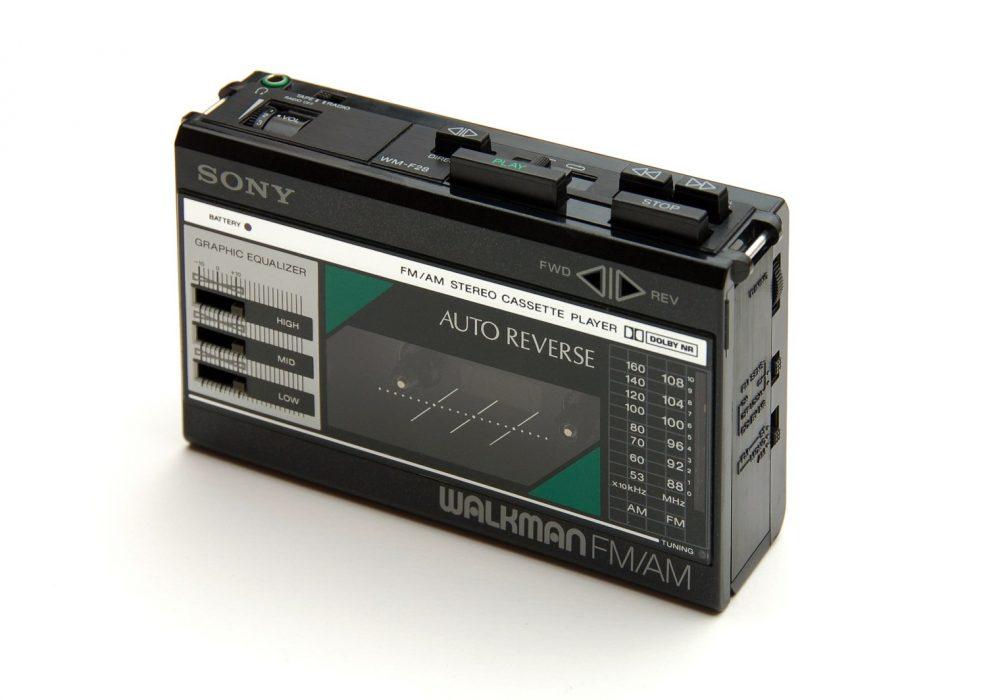 Sony Auto Reverse Walkman FM/AM WM-F28