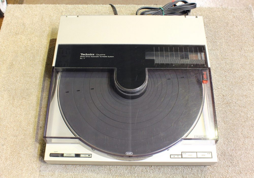 Technics SL-7 黑胶唱机