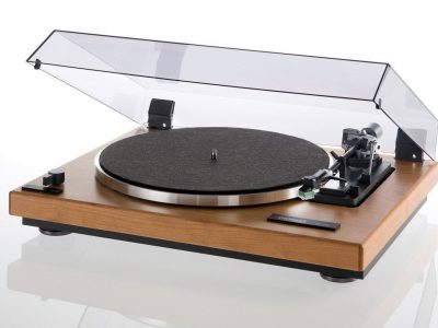 多能士 Thorens TD 240-2 黑胶唱机