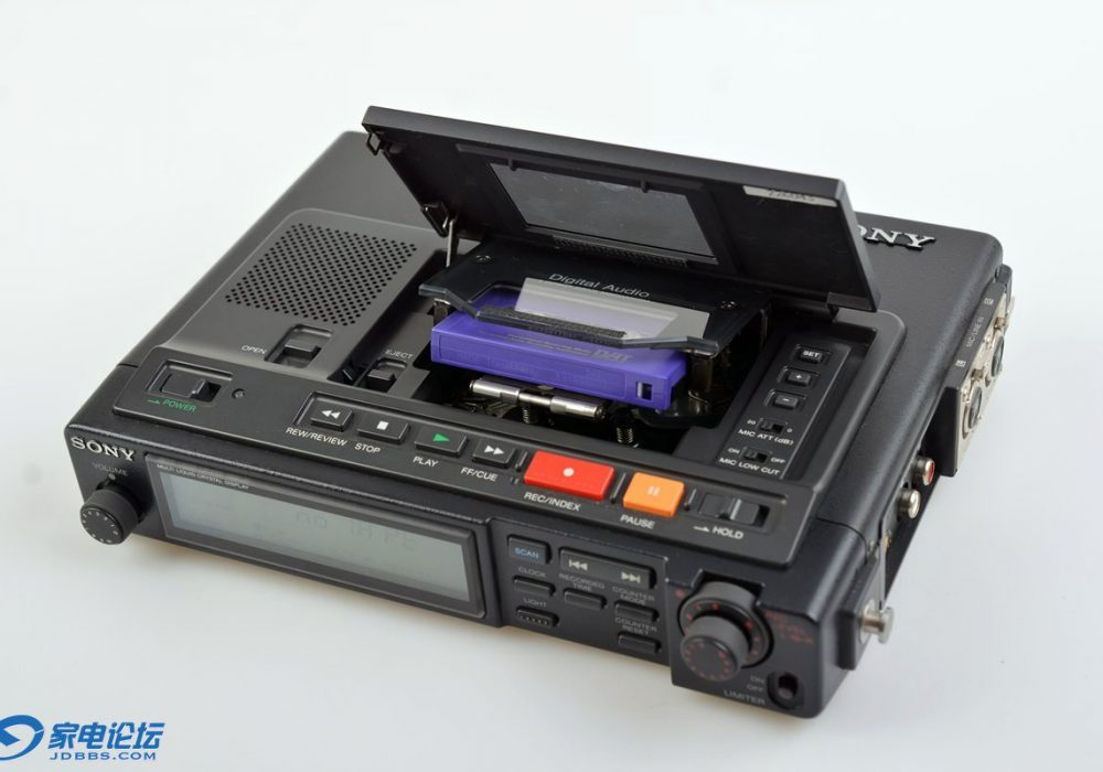索尼 SONY TCD-D10PRO2 便携DAT录音机