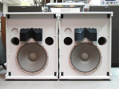 JBL Model 4320 音箱