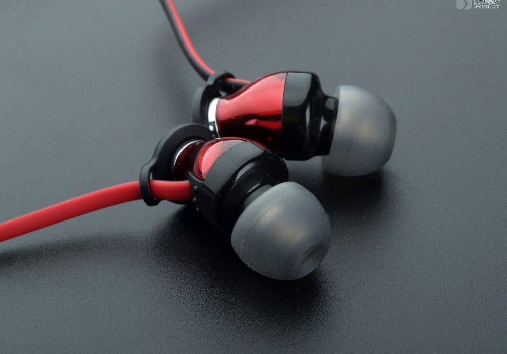 Sennheiser 森海塞尔 Momentum In-Ear 入耳式耳机