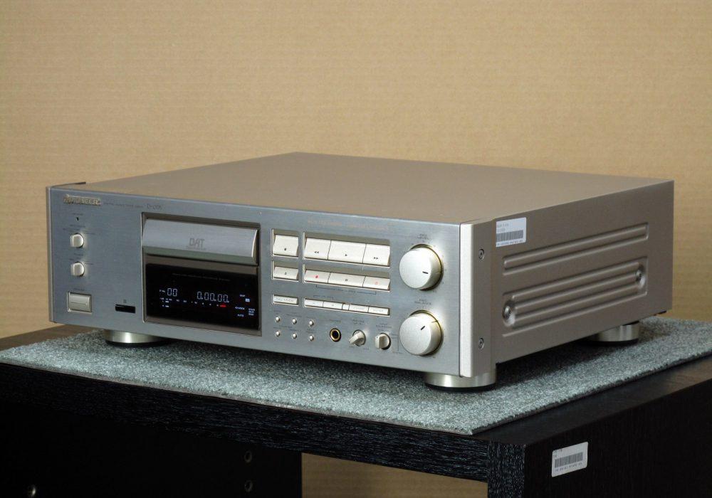 PIONEER D-07A DAT 播放/录音机