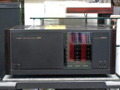 山水 SANSUI B-2201 功率放大器