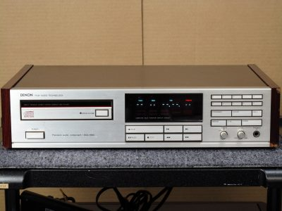 DENON DCD-1800 CD播放机