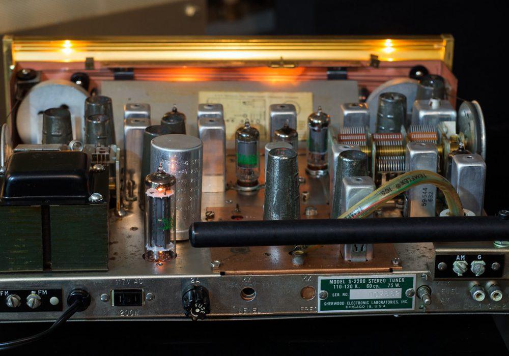 狮龙 Sherwood S-2200 FM/AM 电子管收音头