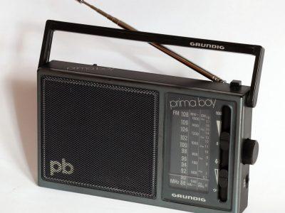 Grundig Prima Boy 65K 收音机