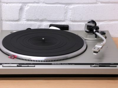 松下 Technics SL-Q202 Turntable 黑胶唱机