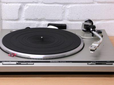 松下 Technics SL-Q202 Turntable 黑胶唱机