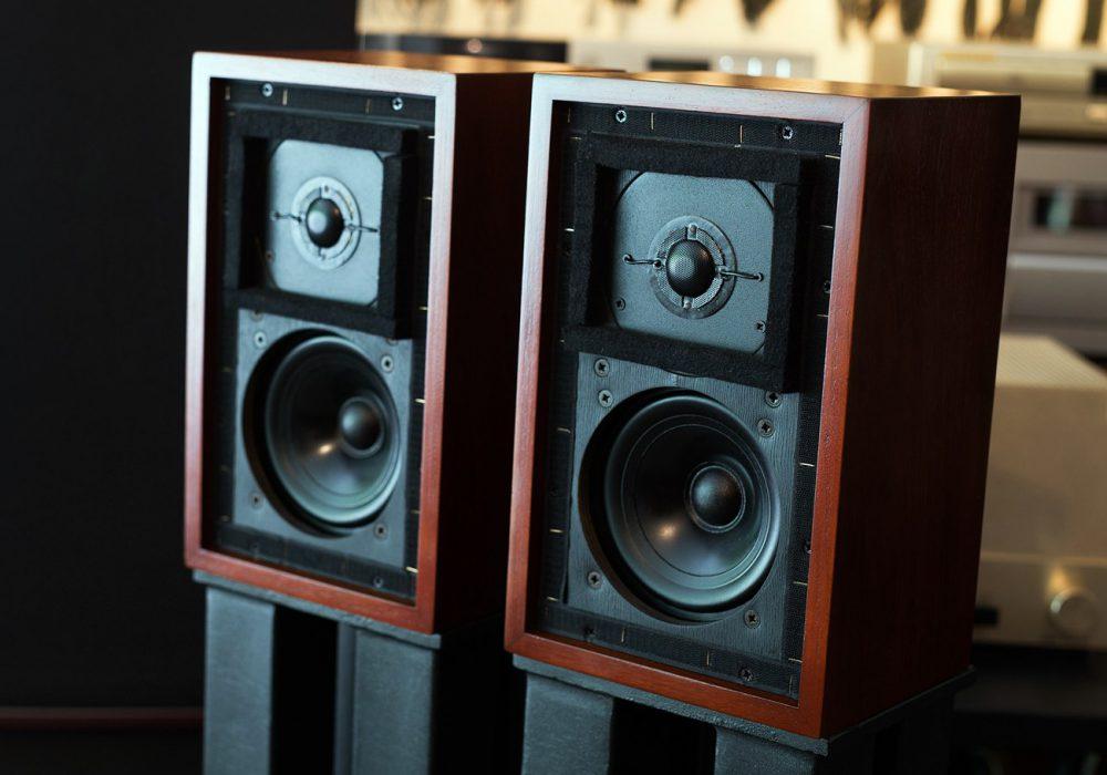 经典铭器:Rogers(乐爵士)BBC专业电台版 LS3/5A监听音箱