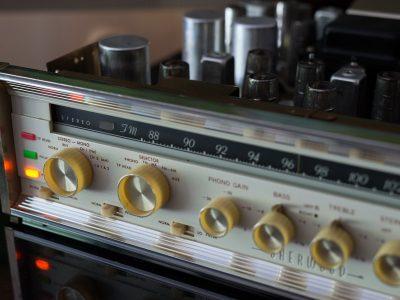 SHERWOOD S-8000II 电子管收扩机