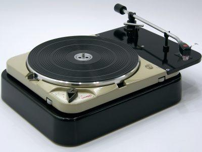 多能士 Thorens TD124 MKI 黑胶唱机