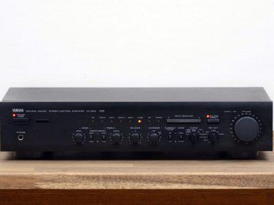 雅马哈 YAMAHA CX-830 立体声 Vorverstärker / Control Amplifier / Vorstufe in schwarz