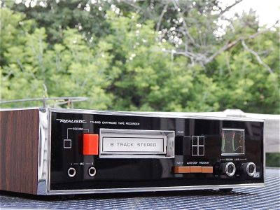 Realistic TR-881 Eight 8 Track Tape 卡座 Player 录音机 PROFESSIONALLY SERVICED