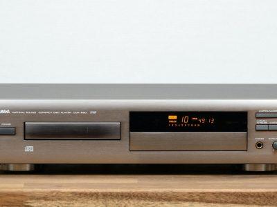 雅马哈 YAMAHA CDX-860 CD-Player