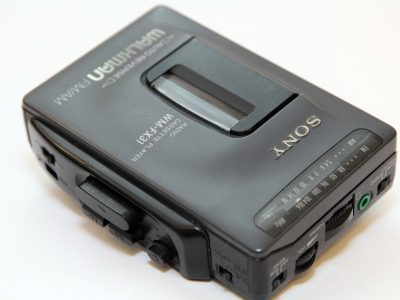 索尼 SONY WM-FX31 WALKMAN FM/AM Radio 磁带随身听
