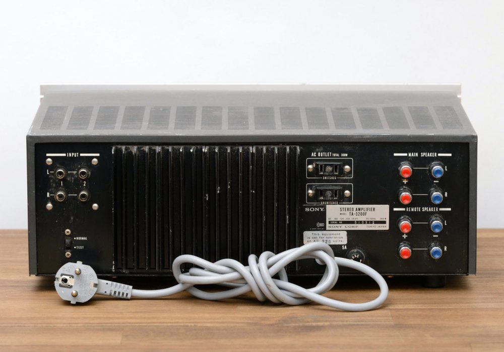 索尼 SONY TA-3200F 功率放大器
