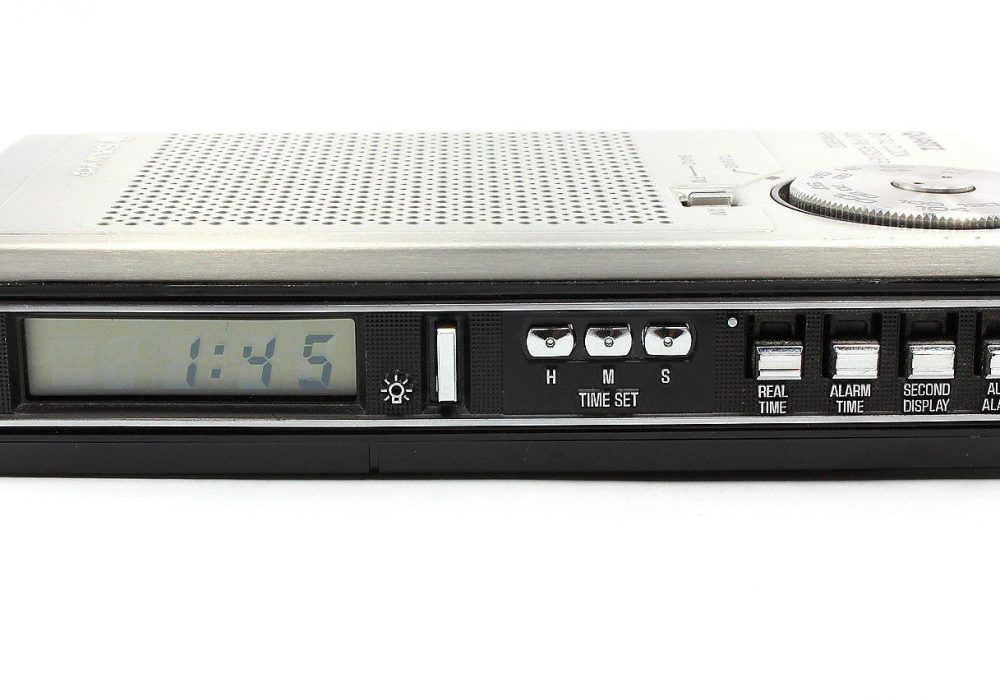 SANYO Quartz RPM6800 AM/FM Radio 收音机