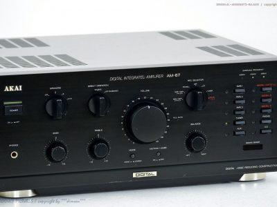 AKAI AM-67 High-End 功率放大器