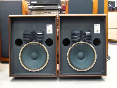 JBL L200 Studio Master 音箱