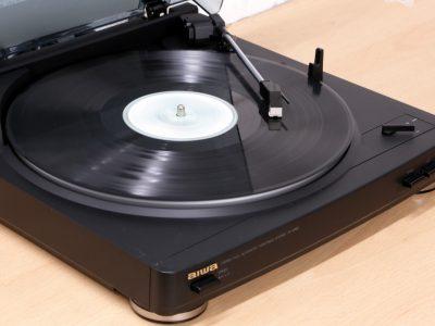 AIWA PX-E850K 全自动黑胶唱机