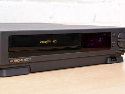 HITACHI VT-M212E VHS 录像机