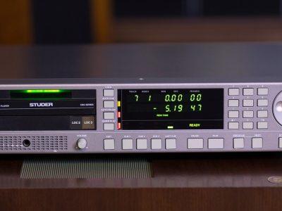 STUDER D731 专业 CD播放机