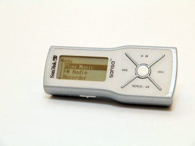 SanDisk M240 1GB MP3播放器