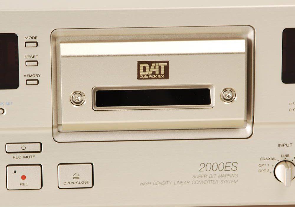 索尼 SONY DTC-2000ES 高级DAT录音机