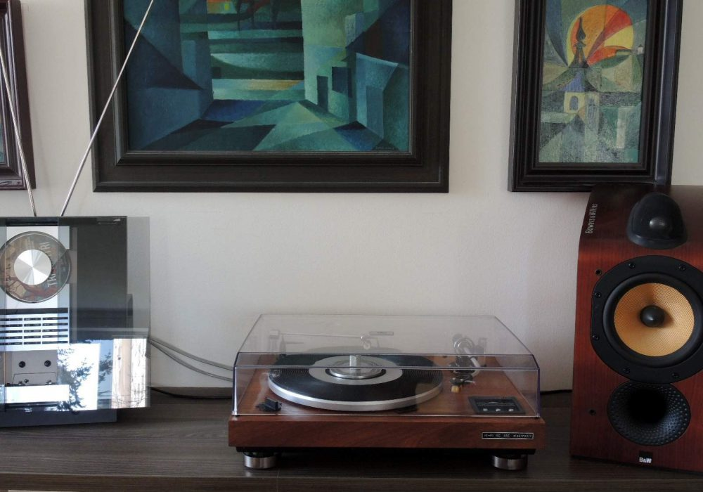 Tesla NC450 黑胶唱机
