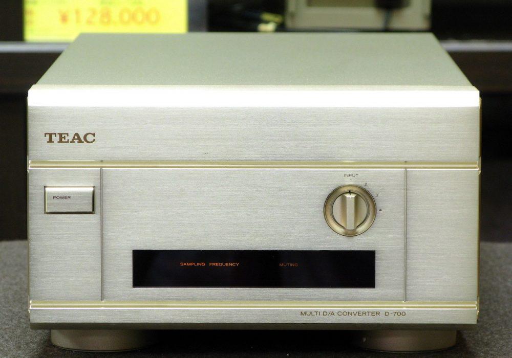 TEAC D-700 D/A 解码器