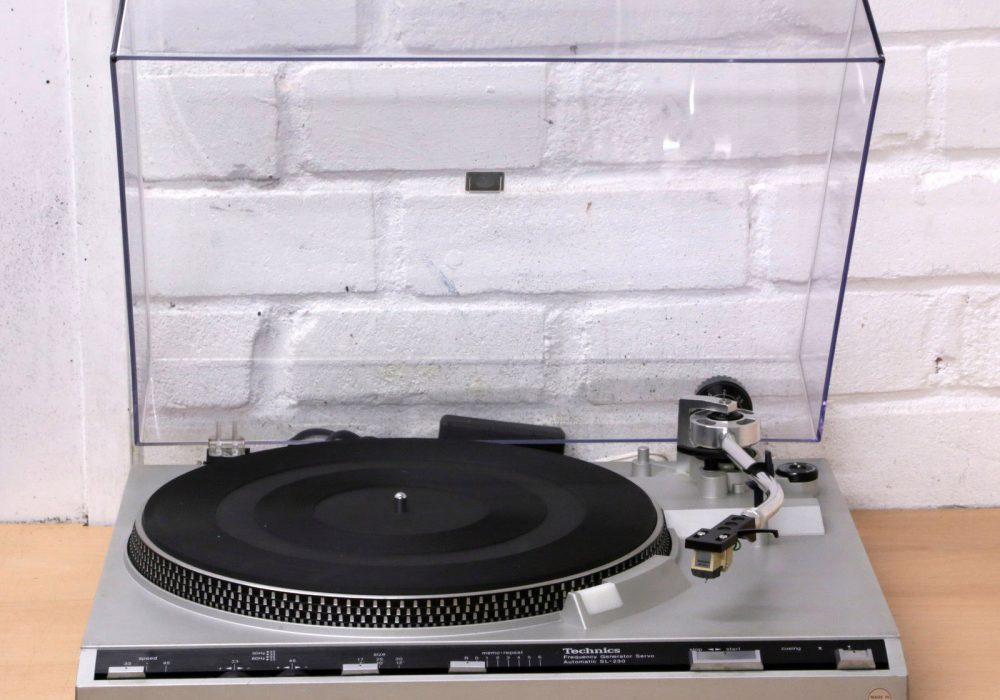 松下 Technics SL-230 Automatic 黑胶唱机