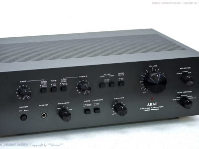 AKAI AM-2400 功率放大器