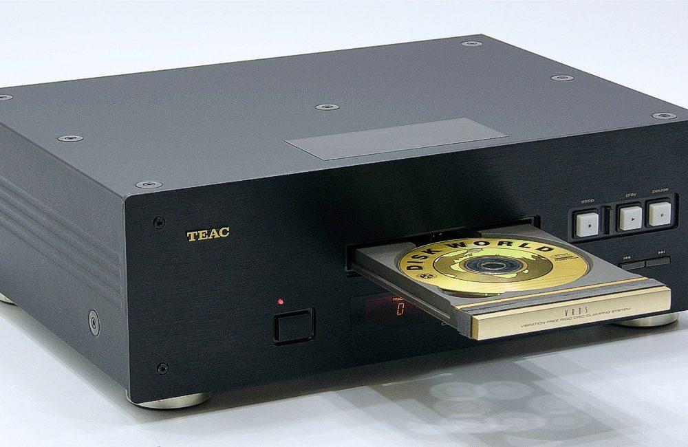 TEAC VRDS-10 Studio CD Player
