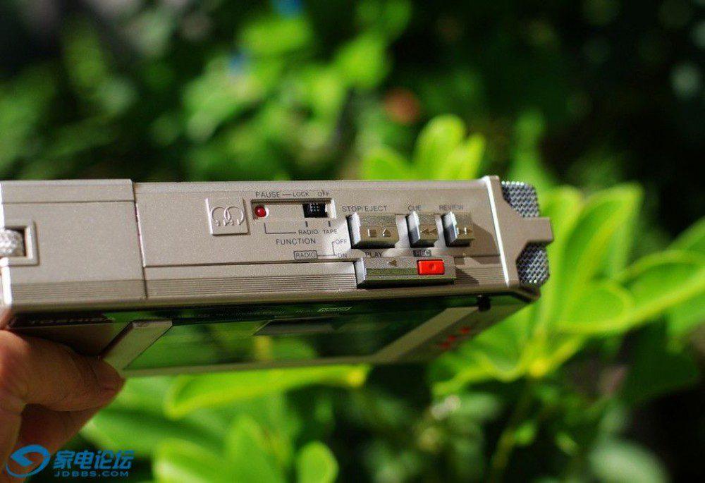 东芝 Toshiba KT-R1 + Toshiba KT-V860 磁带随身听